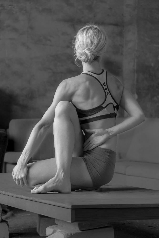 Apolena Tůmova Iyengar Yoga Teacher
