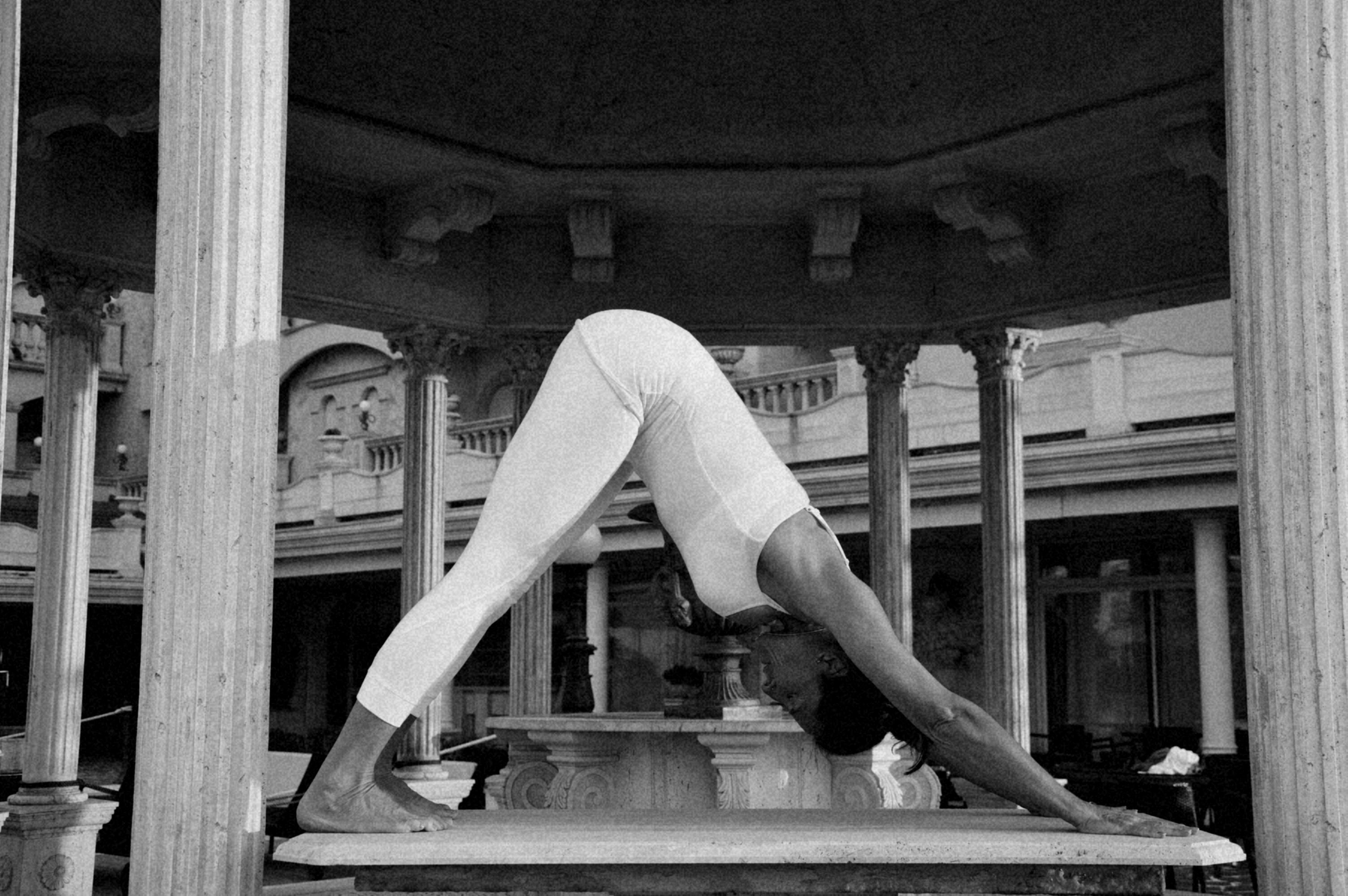 Helena Kubrychtová Bártová Iyengar Yoga Teacher
